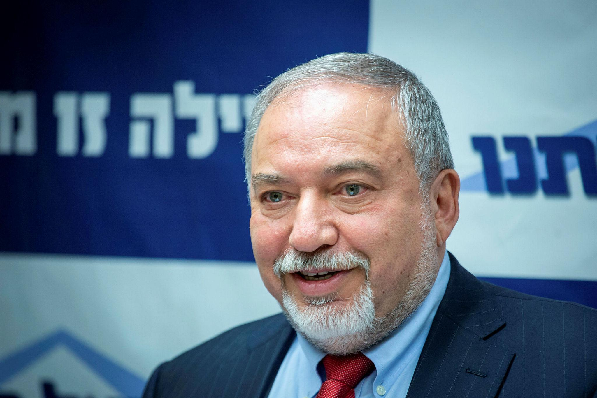 Министр обороны Израиля посетит Азербайджан