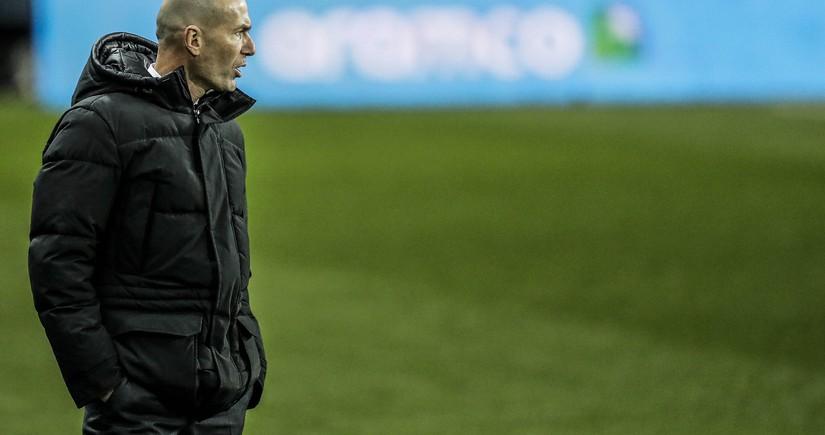 Real Madridin prezidenti Zidanı qovmaq istəmir