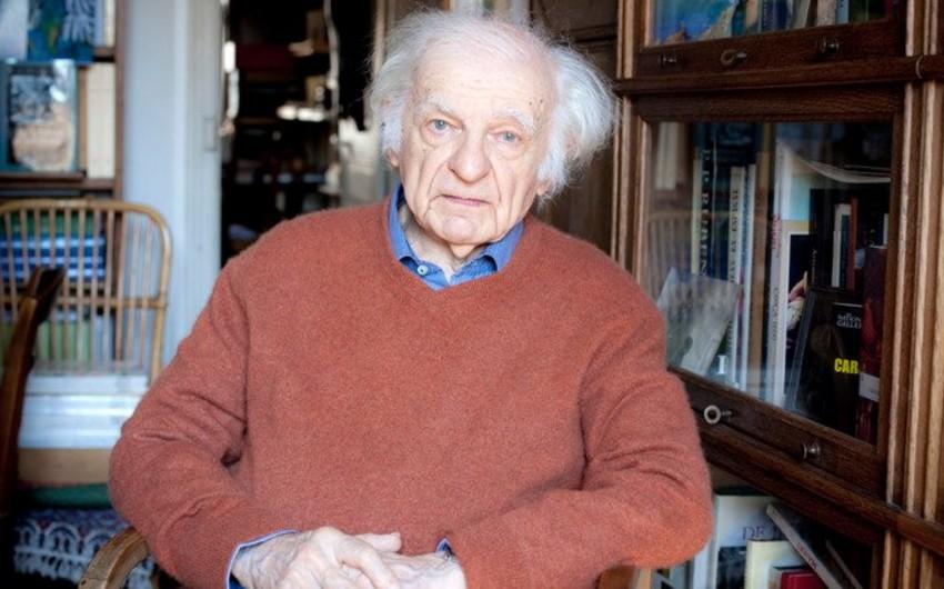 Умер один из самых почитаемых современных французских поэтов