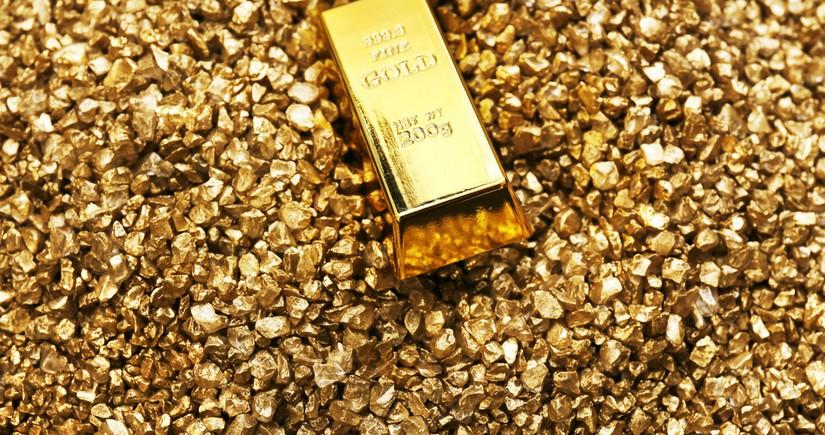 Britaniyanın qızıl hasilatçısı satdığı qiymətli metalın həcmini açıqlayıb