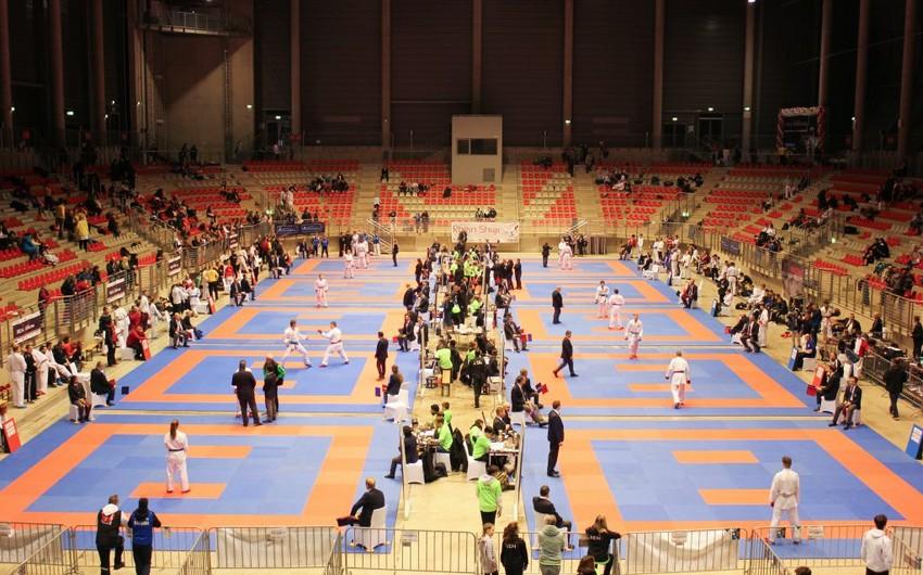 Karateçilərimiz lisenziya turnirinə yollandı