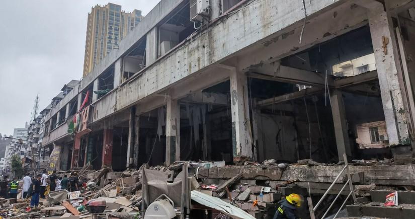 Число погибших в результате взрыва на рынке в Китае возросло до 25