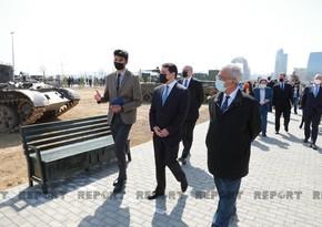 Beynəlxalq konfransın iştirakçıları Bakıda Hərbi Qənimətlər Parkında olublar