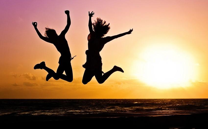 Optimistlər pessimistlərdən daha yaxşı yatır və az xəstələnirlər