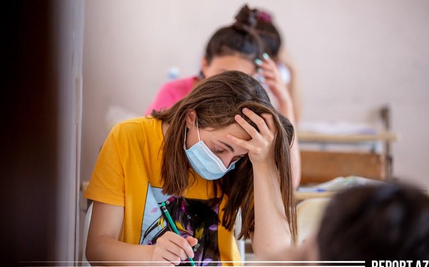 Выпускные и вступительные экзамены будут отложены