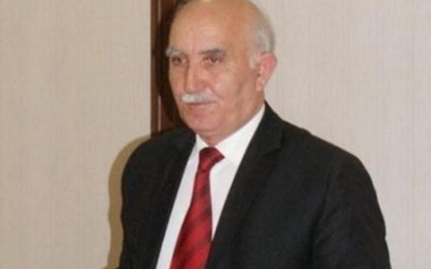 Atası avtomobillə vurularaq öldürülən tanınmış jurnalist məhkəmədə ifadə verib