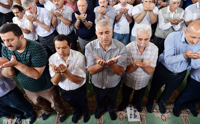 Во всех мечетях Азербайджана прочитаны молитвы за упокой души погибших на месторождении Гюнешли