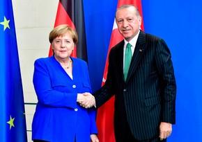 Ərdoğan ilə Merkel arasında telefon danışığı olub