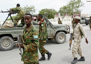 Somalidə iki hərbi bazaya hücum olub, 47 hərbçi ölüb