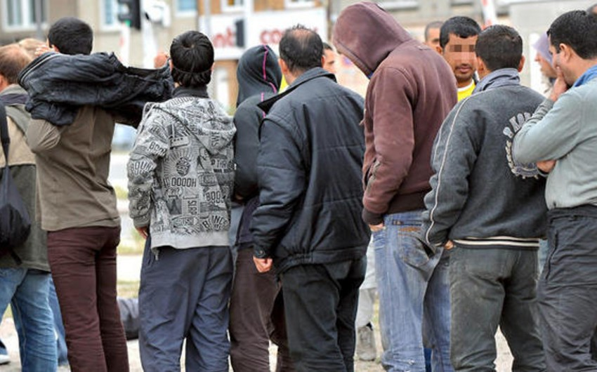 Спецслужбы Германии предупредили о возможной вербовке мигрантов радикалами
