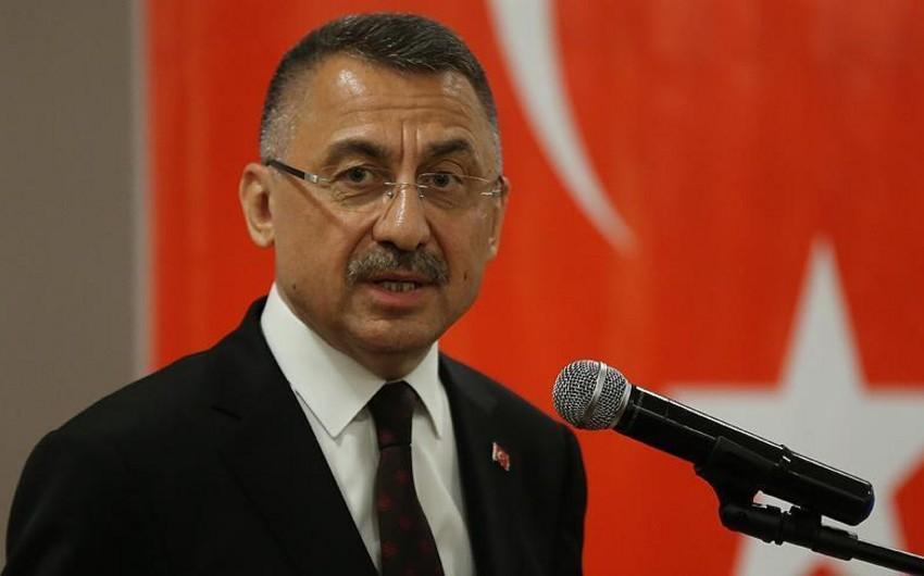 Türkiyənin vitse-prezidenti ABŞ-ı Ankara ilə terrorçular arasında seçim etməyə çağırıb - FOTO