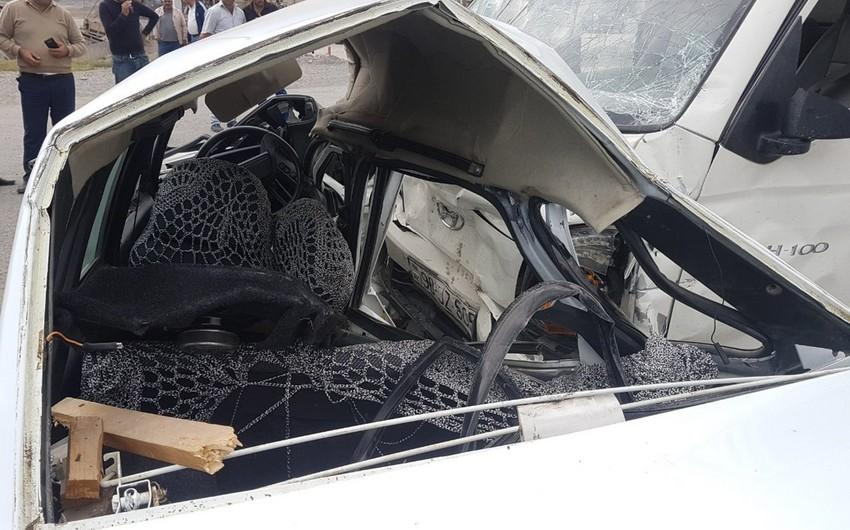 Şamaxıda ağır yol qəzası baş verib, 1 nəfər ölüb, 4-ü yaralanıb - YENİLƏNİB-2