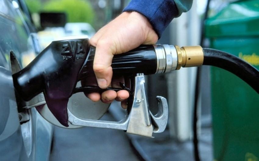 Azərbaycan yaxın zamanlarda Qazaxıstana 5000 ton benzin ixrac edəcək