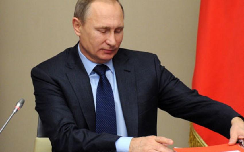 Putin: Əfqanıstandakı hərbi kampaniya SSRİ-nin səhvi idi