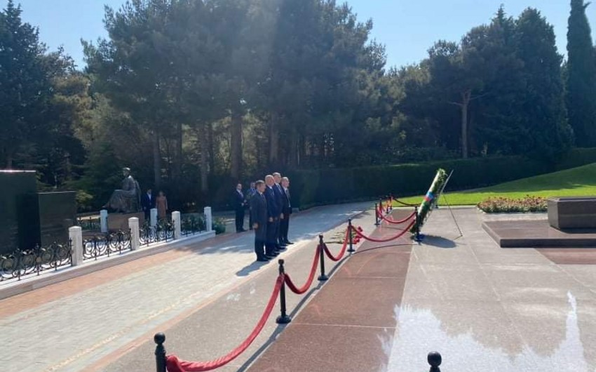 Глава Госагентства Грузии по религиозным вопросам прибыл в Азербайджан