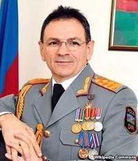 Mədət Quliyev - Azərbaycan Respublikasının müdafiə sənayesi naziri
