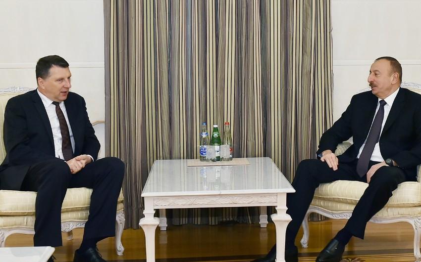 Президент Латвии поздравил Ильхама Алиева