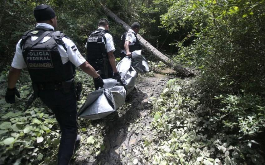 Meksikada itən 59 nəfərin öldürüldüyü məlum olub