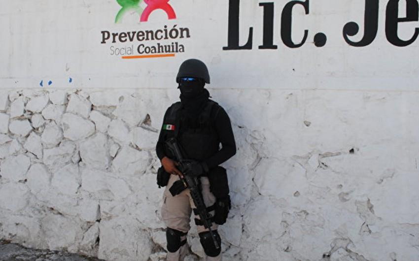 Meksikada 7 nəfər qətlə yetirilib