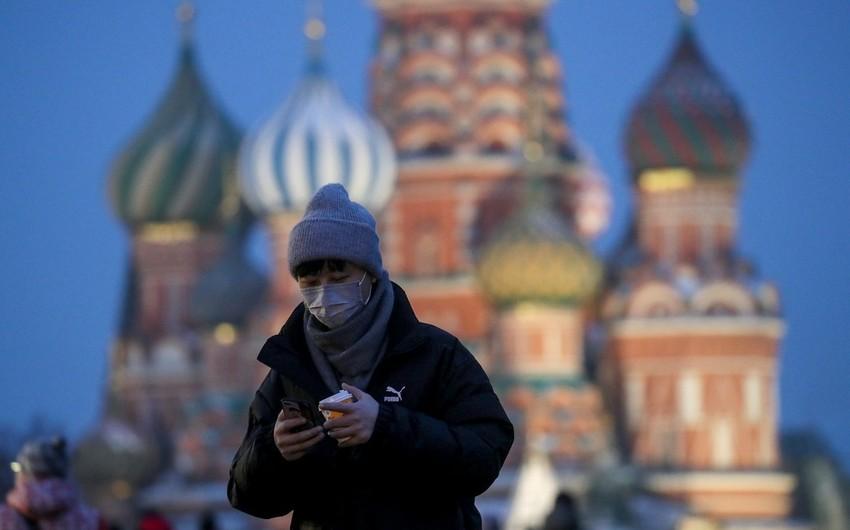 Rusiyada koronavirusa yoluxanların sayı 10 mini ötdü