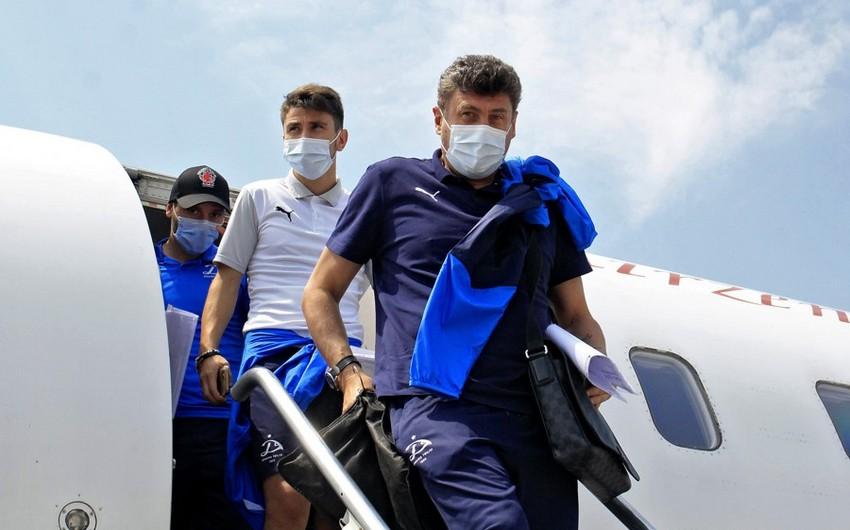 Dinamo Bakıya 22 futbolçu ilə gəlib - SİYAHI