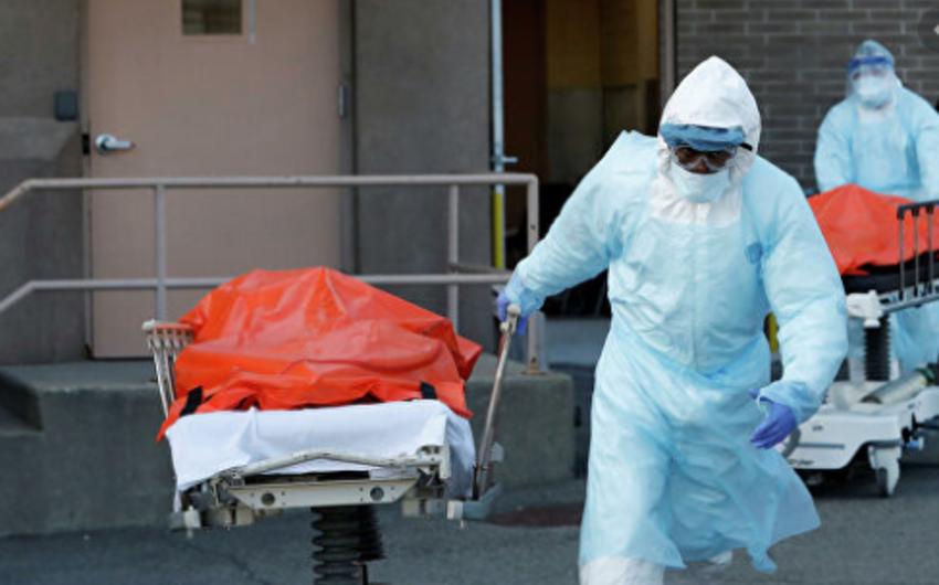 В мире за сутки от COVID-19 погибли 205 тыс. человек