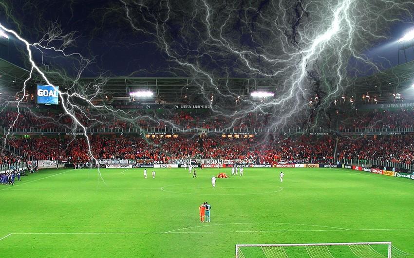 Bolqarıstanda futbol komandasının məşqçisini ildırım vurub