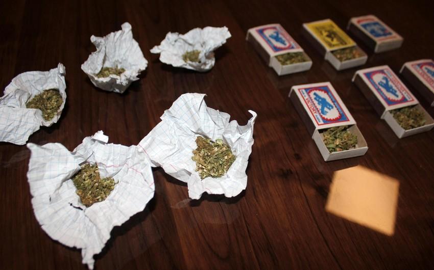 Polis 5 narkotik əməliyyatı keçirib, saxlanılanlar var