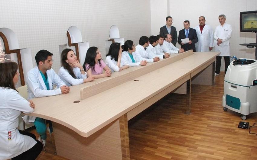 ATU rezidentlərin laparoskopik bacarıqlarını artırmaq üçün kurs təşkil edib
