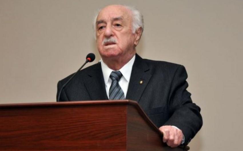 Prezident İlham Əliyev Fikrət İsmayılovun vəfatı ilə əlaqədar nekroloq imzalayıb