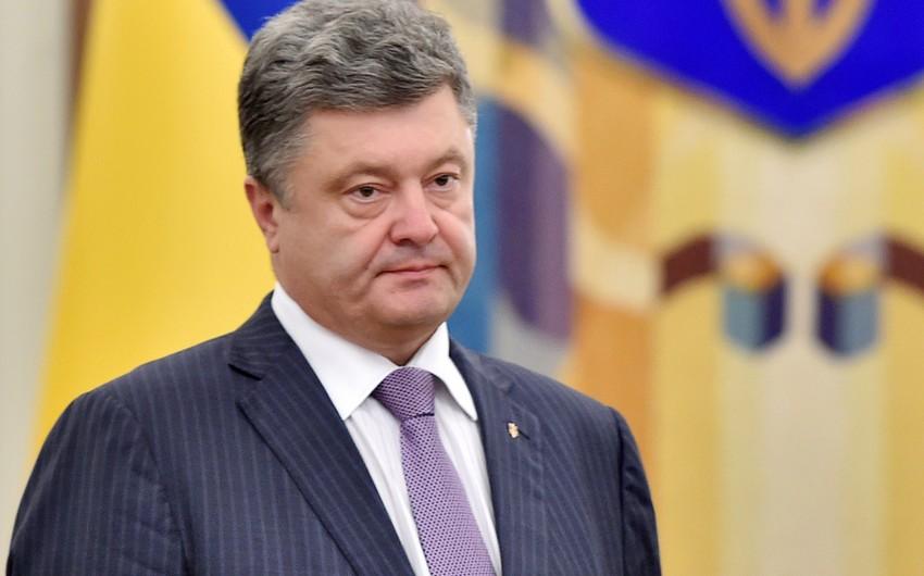 Petro Poroşenko: Səbirsizliklə Prezident İlham Əliyevi Kiyevdə gözləyirəm