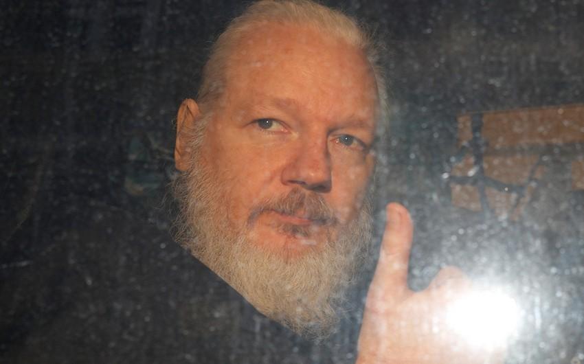 Bloomberg: Assange faces time in Belmarsh Prison