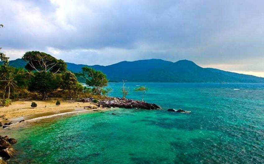 İndoneziya sahillərində 6 bal gücündə zəlzələ baş verib