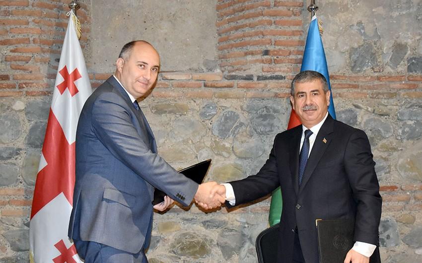 """Gürcüstanın müdafiə naziri: """"Azərbaycanla hərbi əməkdaşlığın intensivliyini saxlamaq vacibdir"""""""