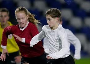 Niderlandda qadın kişi futbol klubunun oyunçusu olacaq