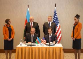 Silk Way Airlines и Boeing подписали контракт на закупку 10 самолетов на 1 млрд долларов
