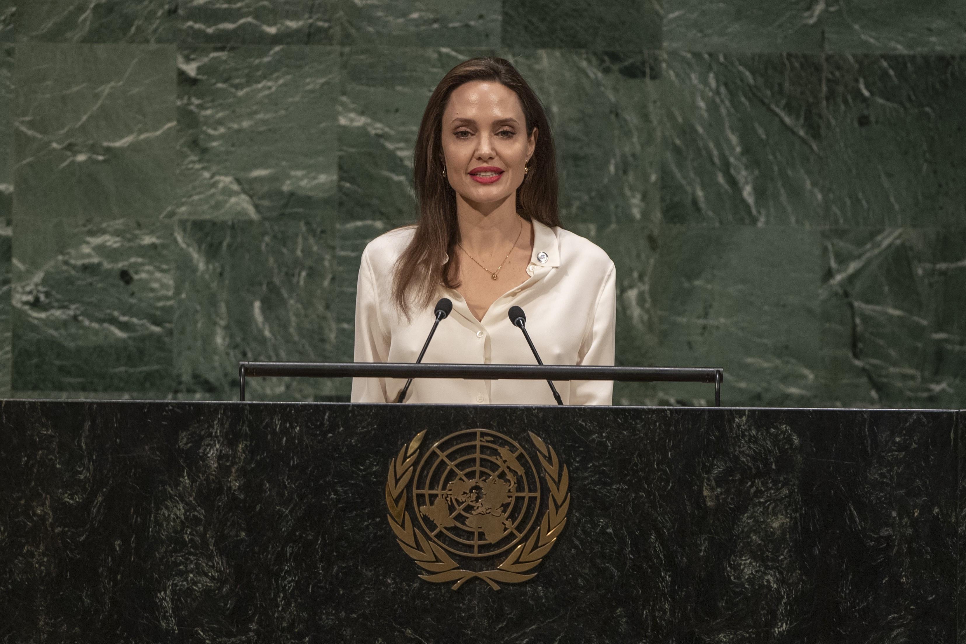 Азербайджанская община Нагорного Карабаха обратилась к Анджелине Джоли
