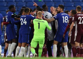 Челси обыграл Лестер после поражения в финале Кубка Англии