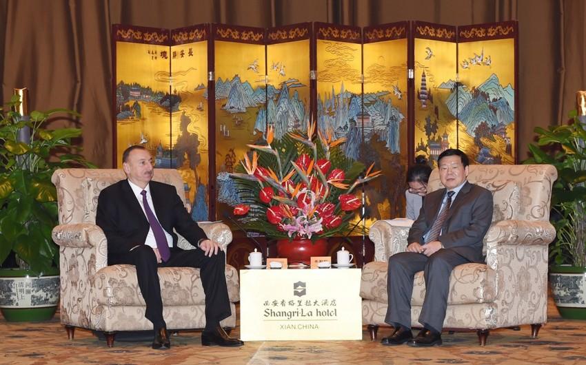 Prezident İlham Əliyev Çinin Şaansi vilayətinin qubernatoru ilə görüşüb