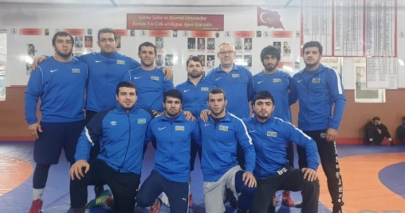 Yunan-Roma güləşçilərimiz Qran-pridə 8 medal qazandı