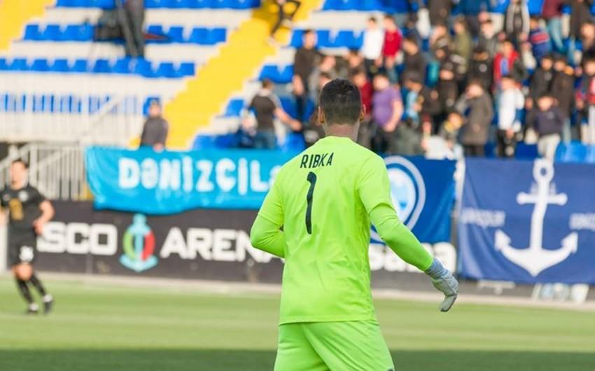 Ukraynalı futbolçu Azərbaycanı tərk etdi