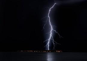 В Баку в первый день мая местами пройдут усиленные дожди с грозами