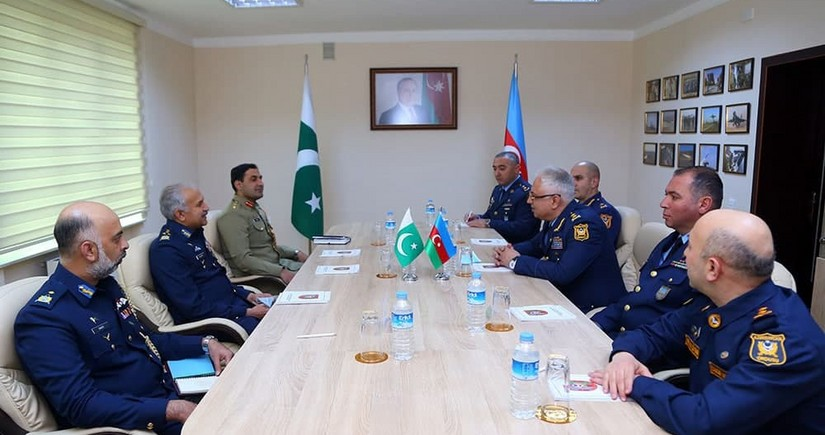 Azerbaijan, Pakistan moot military cooperation in aviation