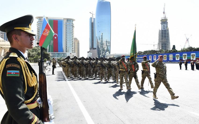 """Hərbi qulluqçular """"Cəsur döyüşçü"""" medalı ilə təltif edildi - SİYAHI"""