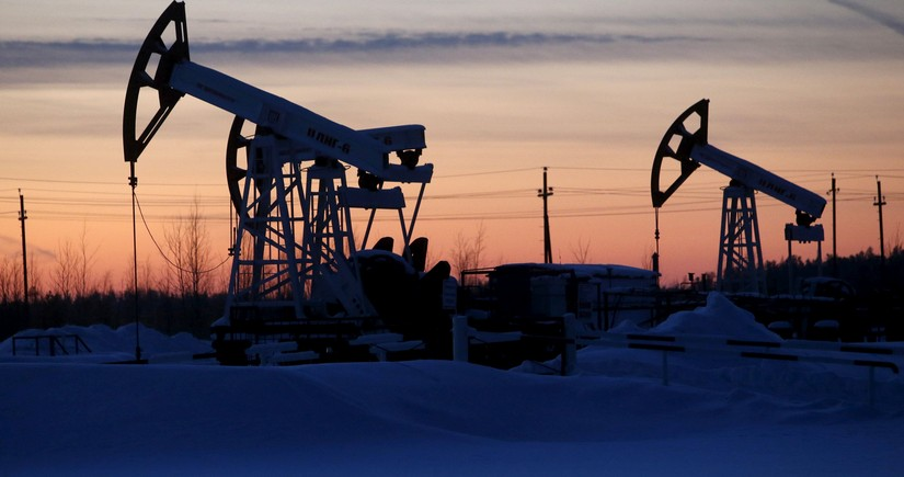China increases oil, gas imports