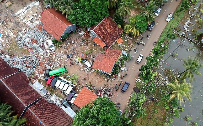 İndoneziyada sunami nəticəsində ölənlərin sayı 334 nəfərə çatıb - VİDEO - YENİLƏNİB-5