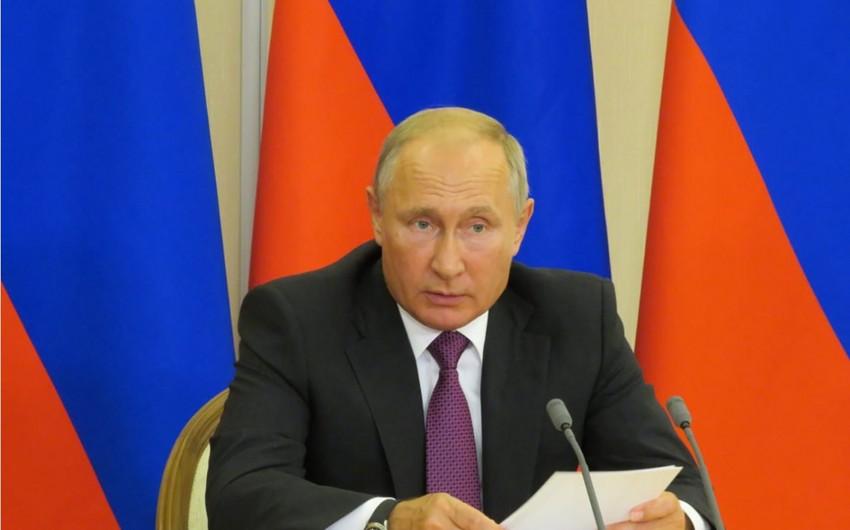 Vladimir Putin: Rusiya və Azərbaycanı bir-birinə sıx dostluq və əməkdaşlıq ənənələri bağlayır