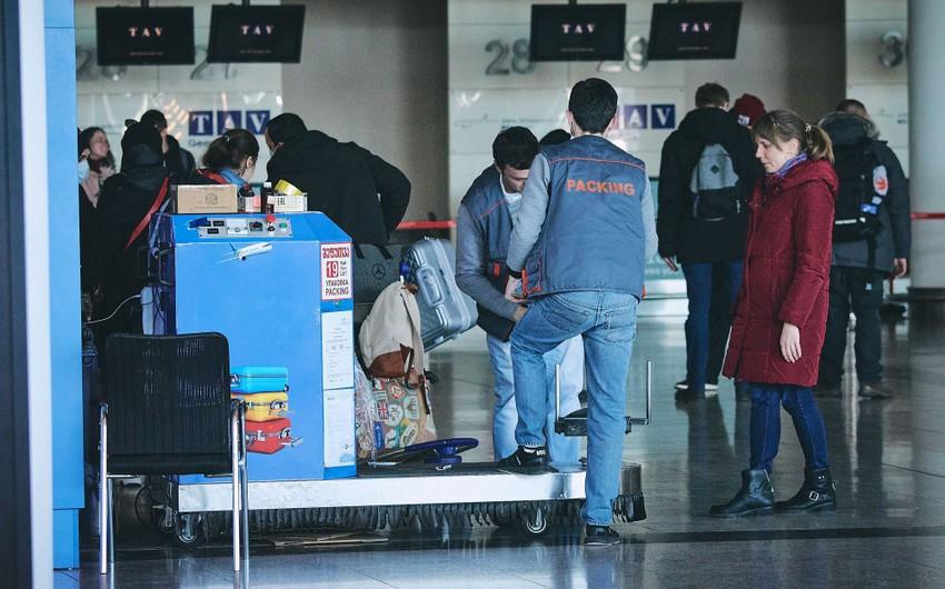 Число покидающих Армению продолжает расти