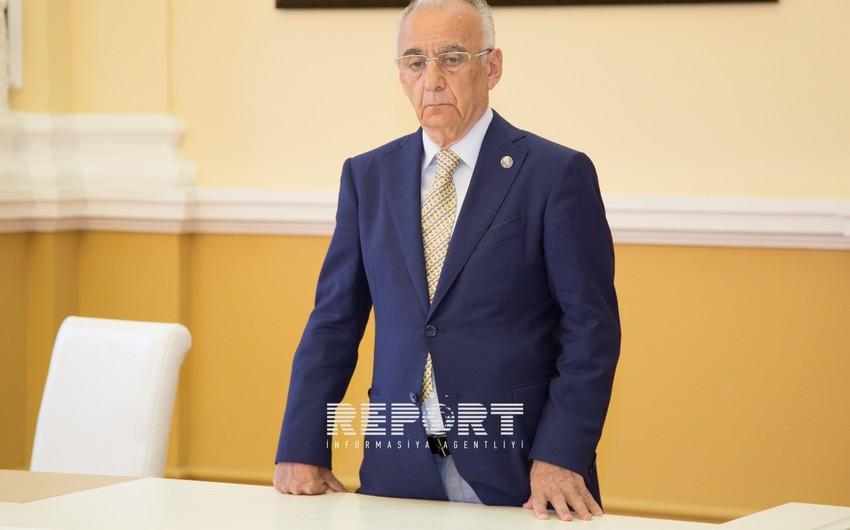 Гаджибала Абуталыбов освобожден от должности мэра города Баку