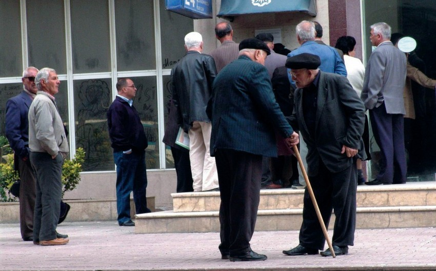 Azərbaycanda pensiyaçıların sayı açıqlanıb